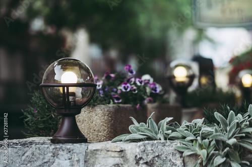 Lampe solaire globe pour l'extérieur Wallpaper Mural