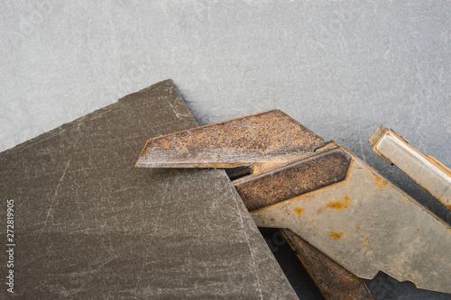 Dachdecker Schieferdecker Schere zum Zuschneiden Zurichten von Dachsteinen aus Schiefer authentisch