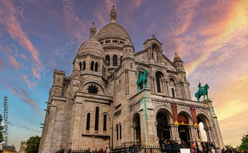 La basilique du Sacré-Cœur à Paris, France Fototapet