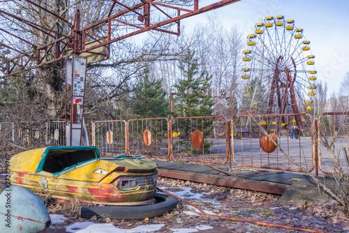 Abandoned amusement park in Pripyat, in Chernobyl Exclusion Zone, Ukraine Billede på lærred