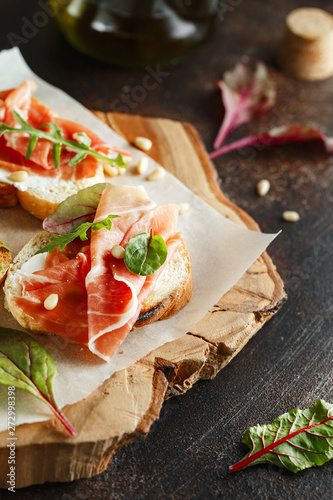 Traditional parma cured ham antipasto Fototapet