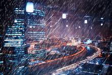 Autumn Rain Background City / ...