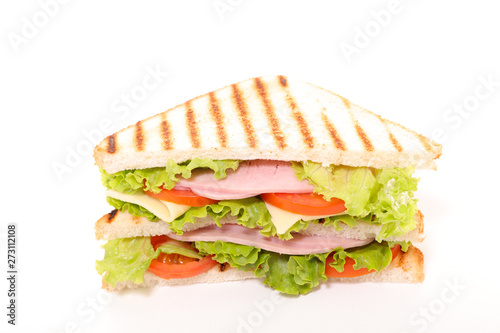 Poster Montagne sandwich with ham, cheese and vegetable on white background