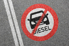 Diesel Driving Ban Sign Road S...
