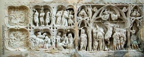 Obraz na plátně  Retable roman dans l'abbaye de Fontenay, Marmagne, France