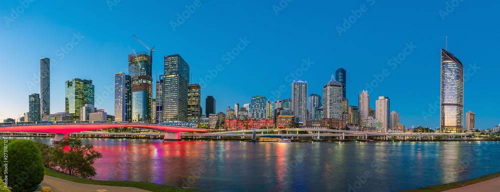 Fototapety, obrazy: Brisbane city skyline  at twilight in Australia