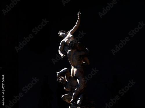 Photo  Italia, Toscana, Firenze, statua del Ratto delle Sabine, del Giambologna