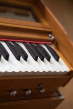 ハルモニウム鍵盤