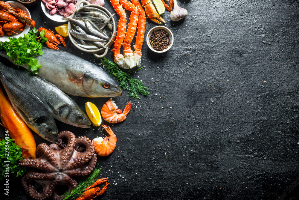 Photo  Variety of fresh seafood.