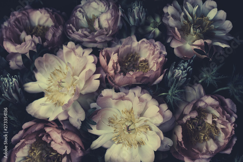 Fond de hotte en verre imprimé Fleur Vintage bouquet of beautiful peonies on black. Floristic decoration. Floral background. Baroque old fashiones style. Natural flowers pattern wallpaper or greeting card
