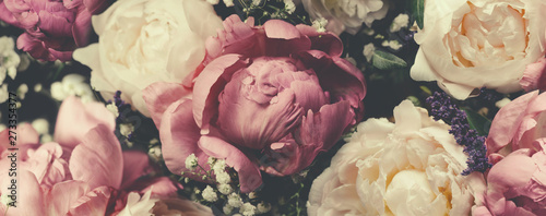 Foto auf Leinwand Blumen Vintage bouquet of pink and white peonies. Floristic decoration. Floral background. Baroque old fashiones style image. Natural flowers pattern wallpaper or greeting card