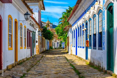 Cadres-photo bureau Con. Antique Street of historical center in Paraty, Rio de Janeiro, Brazil. Paraty is a preserved Portuguese colonial and Brazilian Imperial municipality