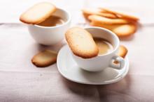 Italian Traditional Cookies Ca...