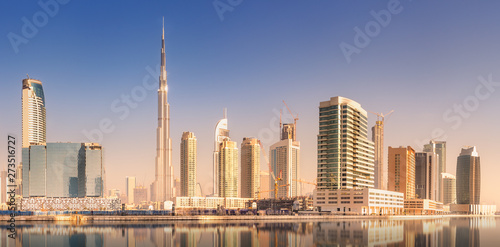 Slika na platnu Panoramic view of Dubai Business bay, UAE