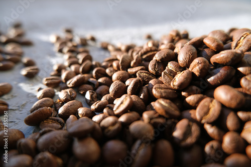 Foto op Aluminium Cafe Aroma background made of coffee beans on sun light with copyspace. Beverages, morning and cafe concept