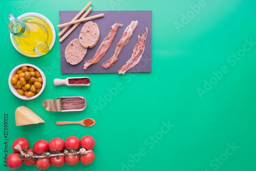 Fototapety, obrazy: Typicals ingredients of spain