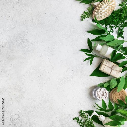 Obraz Natural skincare and leaves - fototapety do salonu