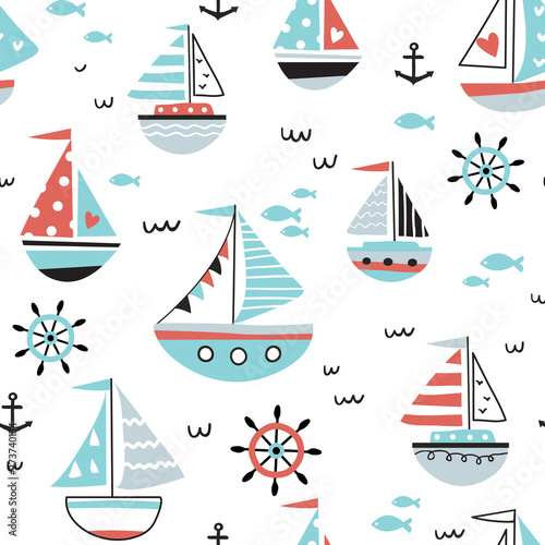 Morski wzór z żaglowców i łodzi. Idealny na tkaniny, ubrania dla dzieci, tekstylia. Morskie tło wektor.