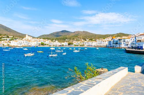 Foto op Plexiglas Schip Coastal promenade in Cadaques village with port, Costa Brava, Spain