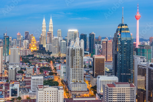 Foto op Aluminium Kuala Lumpur Kuala lumpur cityscape. Panoramic view of Kuala Lumpur city skyline during sunrise viewing skyscrapers building and in Malaysia.