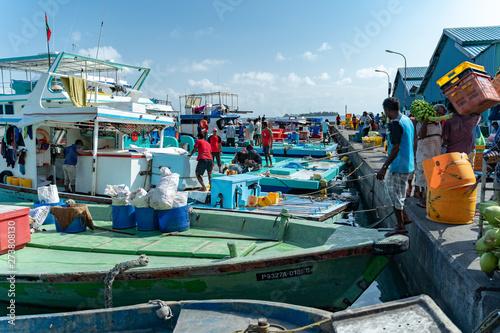 Fototapeta モルディブの漁港