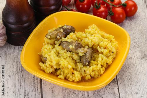 Rice with Chicken hearts Billede på lærred