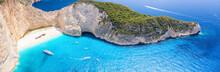 Panorama Des Berühmten Navagio Schiffswrack Strandes Auf Zakynthos Mit Blauem Meer Und Feinem Sandstrand, Ionische Inseln, Griechenland