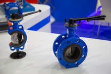 Cut-away Show Section Inside Of Butterfly Valve Equipped With Lever Operated