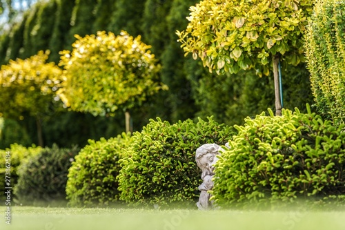 Poster Fleur Garden Gypsum Figure