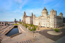Liverpool Pier Head With The R...