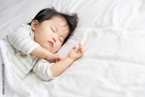 Stampa su Tela  子供 昼寝 睡眠