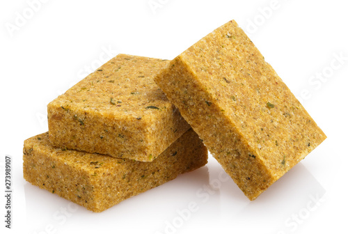 Fotomural  Delicious bouillon cubes, isolated on white background
