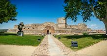 Panorama De La Vieja Y Monumen...
