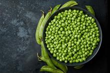 Fresh Raw Organic Green Peas (...