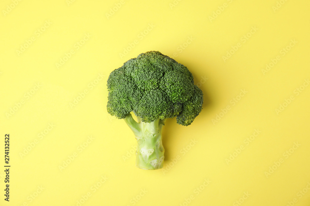Fototapety, obrazy: Fresh green broccoli on color background, top view. Organic food