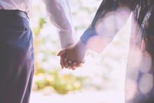 繋いだ手,カップル,結婚,婚活,手