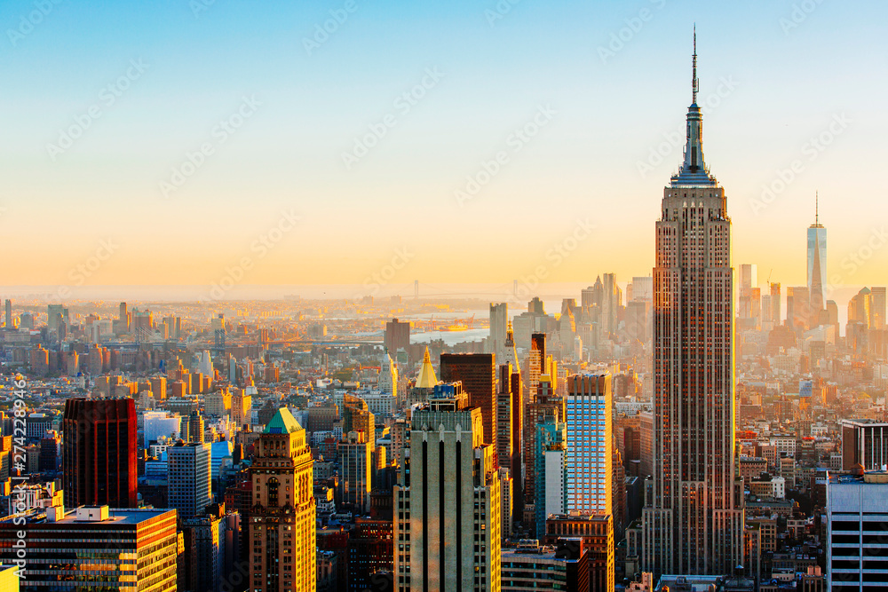 Fototapety, obrazy: Manhattan skyline on a sunny day Empire State Building on the right, New York, United States
