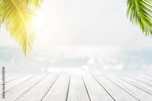 Foto auf Gartenposter Strand Blurred blue sky and sea with bokeh light