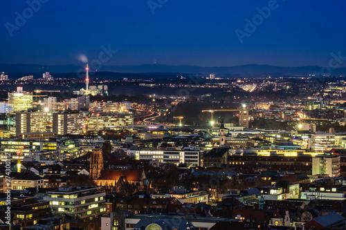 Poster Turquie Aussicht über Stuttgart zur blauen Stunde