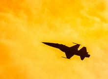 Silhouette Falcon Fighter Jet ...