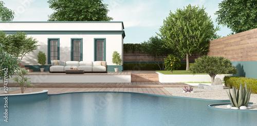 Foto Mediterranean style villa with garden and pool