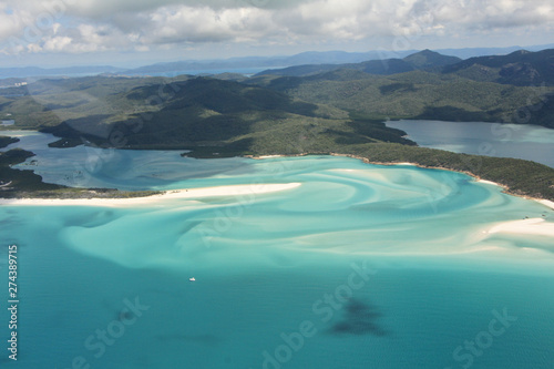 Poster Turquoise Bird eye view of the Whitsunday Islands in Australia