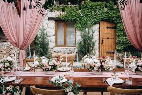 Obraz Rustic style wedding table decoration and floristics design - fototapety do salonu