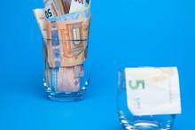 Dinero En Billetes De Euro, ú...