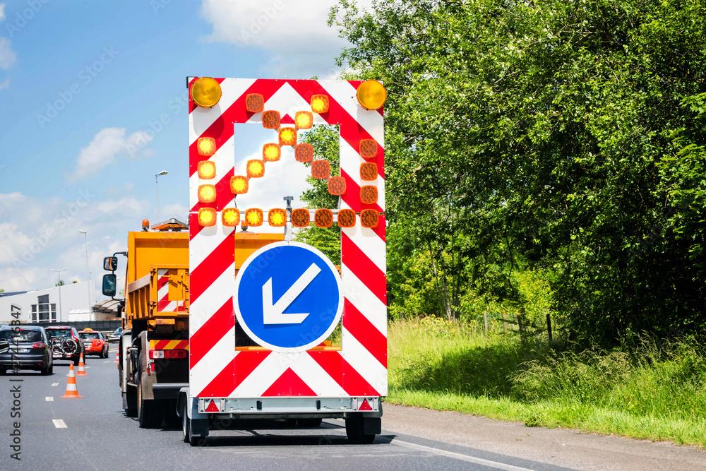 Fototapety, obrazy: signalisation de travaux sur l'autoroute
