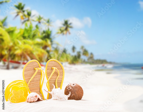 Poster Fleur Summer concept, flip-flops, summer accessories on summer beach