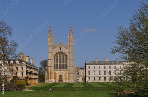 Photo Kings College Chapel in gothic style in Cambridge University