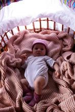 Baby Im Bett Schlafen Gelegt