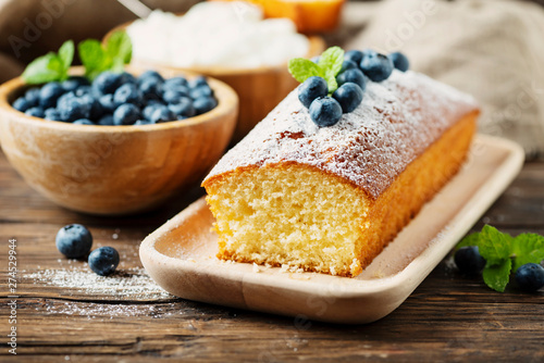 Carta da parati Homemade plum cake