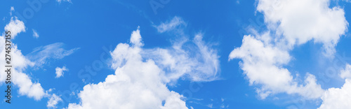 Fotografiet  panorama sky and cloud in summertime beautiful background